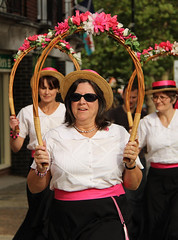 IMG_8361_1728x2592 (Graham Ó Síodhacháin) Tags: tenterdenfolkfestival 2012 tenterden folk festival morrisdancers cocothebutterfields creativecommons