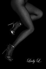 Talons aiguille et résille noire (lady.l_66) Tags: fishnet résille legs jambes highheels talonsaiguille collants pantyhose blackandwhite erotique erotisme erotic woman milf