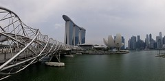 layover in Singapore (Dan Nevill) Tags: helixbridge helix