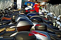 Dos ruedas (portalealba) Tags: sorrento italia portalealba pentax pentaxk50 moto