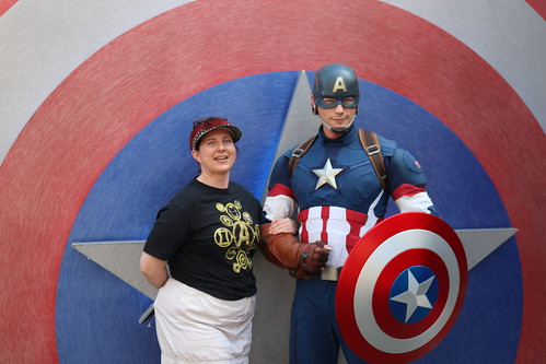 "Tracey meeting Captain America at Disney California Adventure • <a style=""font-size:0.8em;"" href=""http://www.flickr.com/photos/28558260@N04/45998189862/"" target=""_blank"">View on Flickr</a>"