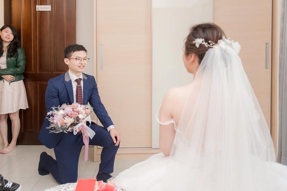 台南東東宴會式場 婚宴 走在幸福的紅毯上 R & B 048