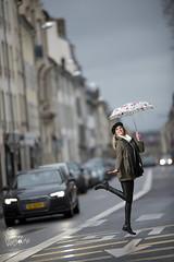 Lucie (Vianney Vaubourg) Tags: luciebeaudoin miss stret nancy lorraine france action rue voiture bokeh flash profoto profotob1x profotothelightshapingcompany b1x ocf airttl airremotettl boîteàlumière softbox octo2 nikon nikkor d4s fx nikond4s 200mm f2g 200f2 afsnikkor200mmf2gedvr vianneyvaubourgphotographe vianney vaubourg photographer 2019