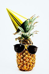 birthday-celebrate-decoration-1071878 (toptenalternatives) Tags: birthday celebrate decoration food fruit party hat pineapple summer sunglasses tropical