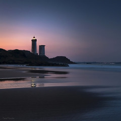 Morning dream (Traezh) Tags: bretagne breizh brest brittany phare square carré format plage beach sable sand poselongue lighthouse matin morning sea seascape landscape littoral france coast