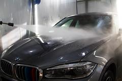 IMG_1302 (Blongman) Tags: auto car vl japan bmw toyota x6m carwash wash water russia 7d