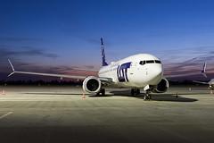 LOT Polish Airlines | Boeing 737 MAX 8 | SP-LVF | 17.03.2019 | Warsaw - Okecie (Maciej Deliś) Tags: lot polish airlines boeing 737800 max 737 b38m splvf warsaw chopin airport night shot