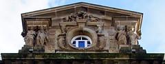 2018.01045b The Municipal Buildings, Greenock. Detail of the pediment. (jddorren08) Tags: scotland westofscotland renfrewshire inverclyde greenock architecture municipal buildingssony alpha a6000samyang 12mm f2david dorrenjd dorren