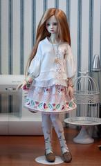 pink skirt with flowers and birds (Vitarja) Tags: rainfoxdoll mus original prints skirt dollclothes handmade outfit bjd balljointeddoll fudji dim dollinmind flora