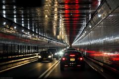 NYC - Impresiones dentro de un tunel   # 040 (ricardocarmonafdez) Tags: newyork manhattan urbanscape urbanlife streetphotograpy tunel tunnel color lowlight perspectiva perspective vanishingpoint reflejos reflections nikon d850 24120f4gvr ricardocarmonafdez ricardojcf ciudad city
