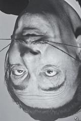 Avida Dolars. (elojeador) Tags: hombre artista dalí salvadordalí foto fotografía exposición teatromuseodalí teatromuseosalvadordalí fundacióngaladalí cara bigote bizcoin elojeador