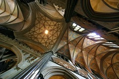 Salisbury Cathedral Interior (Heaven`s Gate (John)) Tags: salisbury salisburycathedral cathedral interior church stone vaulting perspective gothic earlyenglish johndalkin heavensgatejohn ceiling columns art architecture 10faves 25faves
