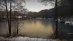 Am Ringsbühl zwischen Iphofen und Birklingen im Steigerwald (Maquarius) Tags: see winter schnee iphofen ringsbühl wehrbach mainfranken unterfranken franken steigerwald