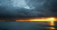 Westerschelde bij Kruiningen (Omroep Zeeland) Tags: regenbui regenwolken westerschelde binnenvaart binnenvaartschip scheepvaart
