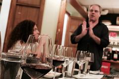 Vinos rojizos (Quico Pérez-Ventana) Tags: javiercompás enólogo cata vinos buentrago alfalfa sevilla