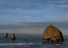 Not Monet's Haystacks (thies59) Tags: haystackrock cannonbeach oregon sun pacific ocean theneedles seastack