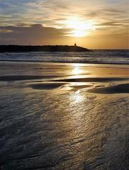 Breakwater Sunrise - Newbiggin (Gilli8888) Tags: nikon p900 coolpix northumberland newbigginbythesea newbiggin northsea beach sand coast coastal shore seaside seascape sun dawn sea water marine silhouette silhouettephotography breakwater sunrise