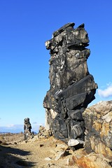 Teufelsmauer (Gunnar Ries zwo) Tags: teufelsmauer harzvorland sandsteingeolgie geologisch sandstone rock gestein geology harz norddeutschland