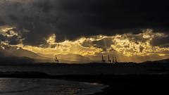 MALAGA001 (MAVARAS) Tags: mavaras agua luz nubes amarillo yelow rayos nikon 5600 españa water cloud sunset