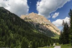 Il Colac tra i boschi (Explore) (cesco.pb) Tags: valdifassa valcontrin dolomiten dolomiti dolomites alps alpi trentino italia italy canon canoneos60d tamronsp1750mmf28xrdiiivcld colac montagna mountains