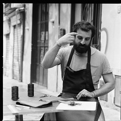 Artigiano (tommaso.piccoli) Tags: palermo artigiano analogicait bn