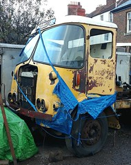 ATKINSON 1963 onwards had the 'Deluxe' twin headlight (shagracer) Tags: artic unit tractor cab truck lorry fs gibbs fsgibbs transport haulage hgv old broken unloved decaying dead dying spare parts tarpaulin stood laid up rust rusting rusty silver knight of the road