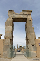 005 Hundred Column Hall (Sedsetoon), SE Doorway, Persepolis  (1).JPG (tobeytravels) Tags: artaxerxes xerxes ahurmazda alexanderthegreat