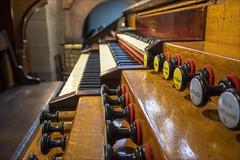 Grand orgue (afantelin) Tags: iledefrance paris12è orgue clavier saintantoinedesquinzevingt tirette musique cavaillecoll 1894 bois