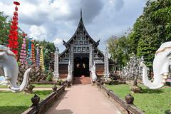 Wat Lok Moli (SLpixeLS) Tags: thailand chiangmai temple art umbrella tung ตุง watlokmoli