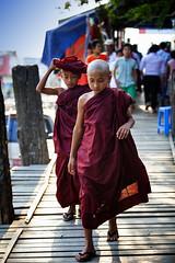 Young Novice Monks Crossing U Bein Bridge (El-Branden Brazil) Tags: myanmar burma burmese monks buddhism buddhist southeastasia asian asia mandalay ubeinbridge