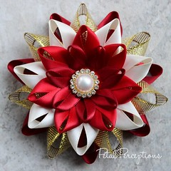 Like this? Have one handmade for you or your entire group! #pretty #handmade #flowers https://t.co/scmpd7wSLw https://t.co/xMy5mTH47H (petalperceptions.etsy.com) Tags: etsy gift shop fashion jewelry cute