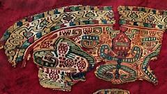 Embroidered child's funerary tunic, Egypt, 450-650 CE - Victoria and Albert Museum, London.. (edk7) Tags: olympuspenliteepl5 panasoniclumixg20mm117iiasphpancakelens edk7 2015 uk england london royalboroughofkensingtonandchelsea southkensington brompton cromwellgardens victoriaandalbertmuseum va embroideredchildsfunerarytunicegyptlateantiquity 450650ce museum romanempire imperial abstract art ancient old