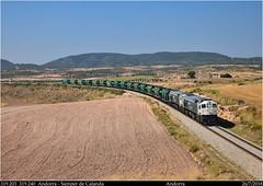 Un ramal único (Trenes2000) Tags: trenes tren renfe ramal 319 retales caldero carbon andorra samper tarragona tolvas termica 319240 319203 trenes2000 mercancias mercante diesel linea aragon teruel