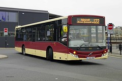 HULL 210916 YX14HDU (SIMON A W BEESTON) Tags: hull eyms eastyorkshiremotorservices 382 mcv volvo b7rle yx14hdu