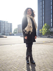 Laura, Amsterdam 2018: Light from behind (mdiepraam) Tags: laura amsterdam 2018 zuidas portrait pretty attractive beautiful elegant classy gorgeous dutch brunette girl woman lady naturalglamour curls coat scarf backlight square boots