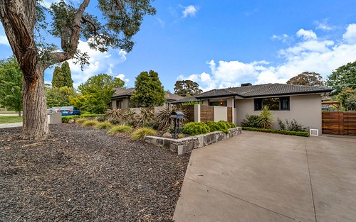 18 Mackellar Cr, Cook ACT 2614