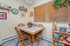 D75_5770 (njhomepictures) Tags: 08846 85louisave century21goldenpostrealty middlesex middlesexcounty nj njhomes njrealestate njrealestatephotographer njrealestatephotography parealestate photographybystephenharris rivertownphotography somersetcounty shirlee colanduoni