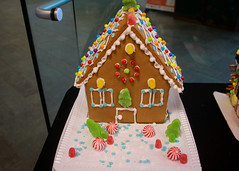 Gingerbread House (UWW University Housing) Tags: gingerbread uww uwwhitewater uwwhousing uc