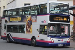 First Midland Red Dennis Trident 2/Alexander ALX400 33405 (VX54 MUB) (john-s-91) Tags: first firstmidlandred dennistrident2 alexanderalx400 33405 vx54mub worcester worcesterroute44 bumblebee