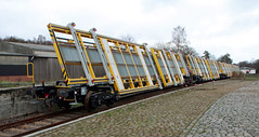 Special freight cars (Schwanzus_Longus) Tags: harpstedt german germany railroad railway freight cargo train car cars modern special depot dhe