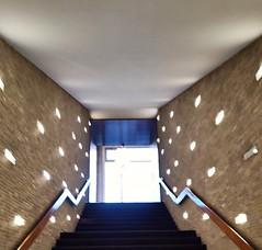 Kino International (Berliner1963) Tags: deutschland germany berlin mitte kino cinema lichtspielhaus ddr gdr treppe stairway