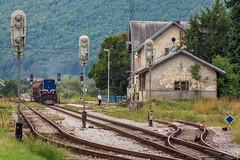 HZ 2062 119, Perušić (josip_petrlic) Tags: hž hrvatske željeznice croatian railways railway railroad gm emd g26c turner licanka diesel locomotive lokomotiva lokomotive lokomotora ferrovia eisenbahn dellok hz 2062