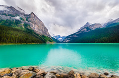 Lake Louise  under cloudy sky (Sean X. Liu) Tags: lakelouise lake mountains rockymountains canadianrockies canada alberta