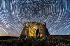 CirCuenPalomar (Yorch Seif) Tags: circumpolar noche night nocturna nocturnal lightpainting longexposure largaexposicion estrellas stars d7500 tokina1116