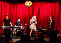 Madison Malone 11/14/2018 #41 (jus10h) Tags: madisonmalone hotelcafe hollywood losangeles california live music concert gig show event performance venue photography female singer songwriter beautiful young 2018 november 14 wednesday nikon d610 justinhiguchi