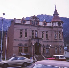 Ouray, Colorado - August 1981 (Stabbur's Master) Tags: westernusa westernus west colorado ouray victorianarchitecture victoriancommercialbuildings victorians ourayvictorians ourayvictorianbuildings milliondayhighway