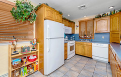 D75_5766 (njhomepictures) Tags: 08846 85louisave century21goldenpostrealty middlesex middlesexcounty nj njhomes njrealestate njrealestatephotographer njrealestatephotography parealestate photographybystephenharris rivertownphotography somersetcounty shirlee colanduoni