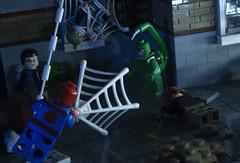 Spiderman VS The Scorpion (Ben Cossy) Tags: spiderman spider man scorpion web battle fight superhero mcu marvel lego moc afol tfol