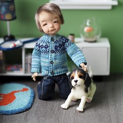 Buddies (Jay Bird Finnigan) Tags: knitting pattern fairisle stranded miniature doll clothes sulky thread