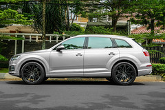 Premier_Edition_CS10__Audi_Q7_gallery_3 (PREMIER EDITION LONDON) Tags: premieredition permaisuri indonesia singapore jakata 4x4 suv audi audiq7 q7 luxury tuning wheels jantes felgen felgi london luxurycars fftech cs10 yokohamatyres germanwhips